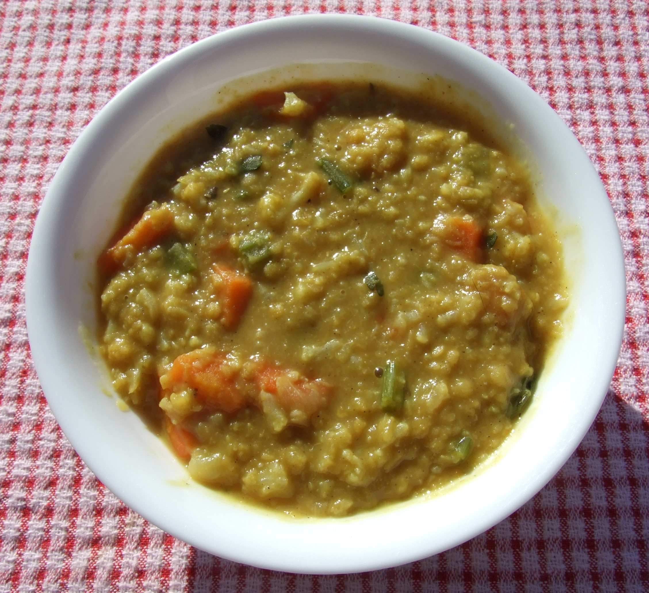 Curried Red Lentil Soup | veganfoodpreparation