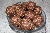Chocolate Energy Nut Balls